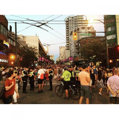 "@westendbia: ""The crowds are coming for the final night of"